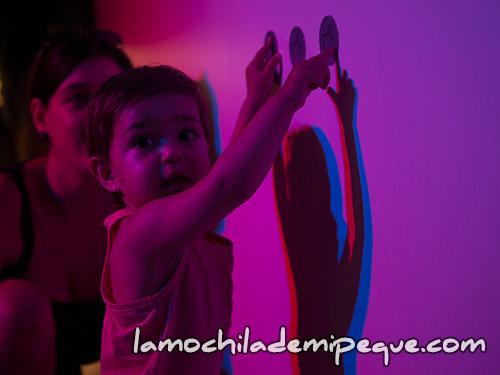 experimentación con luces de colores